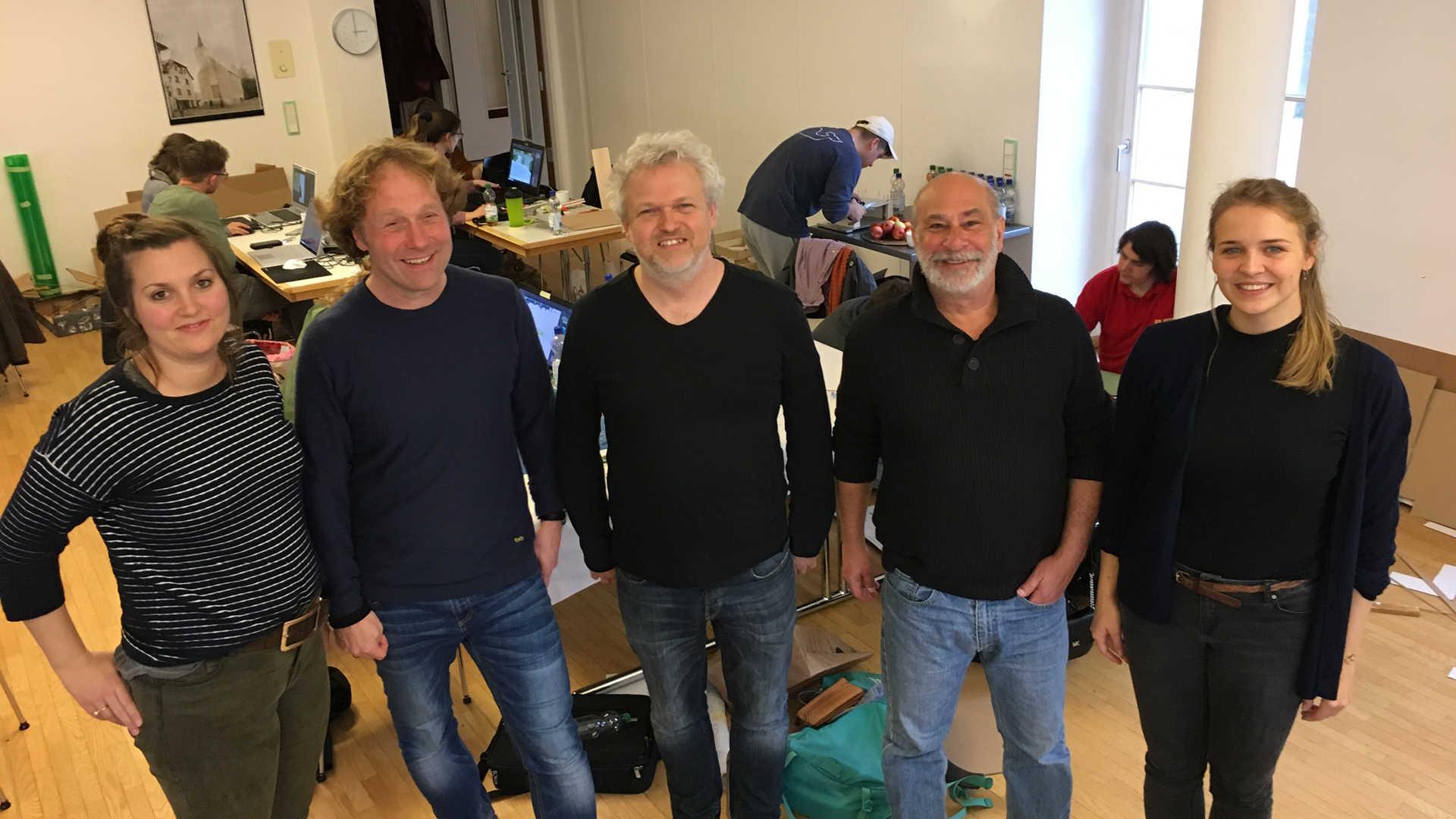 Das Betreuer-Team: Franzi + Rainer (HFWU), Bruno + Niel + Eva (PennState / AIB)