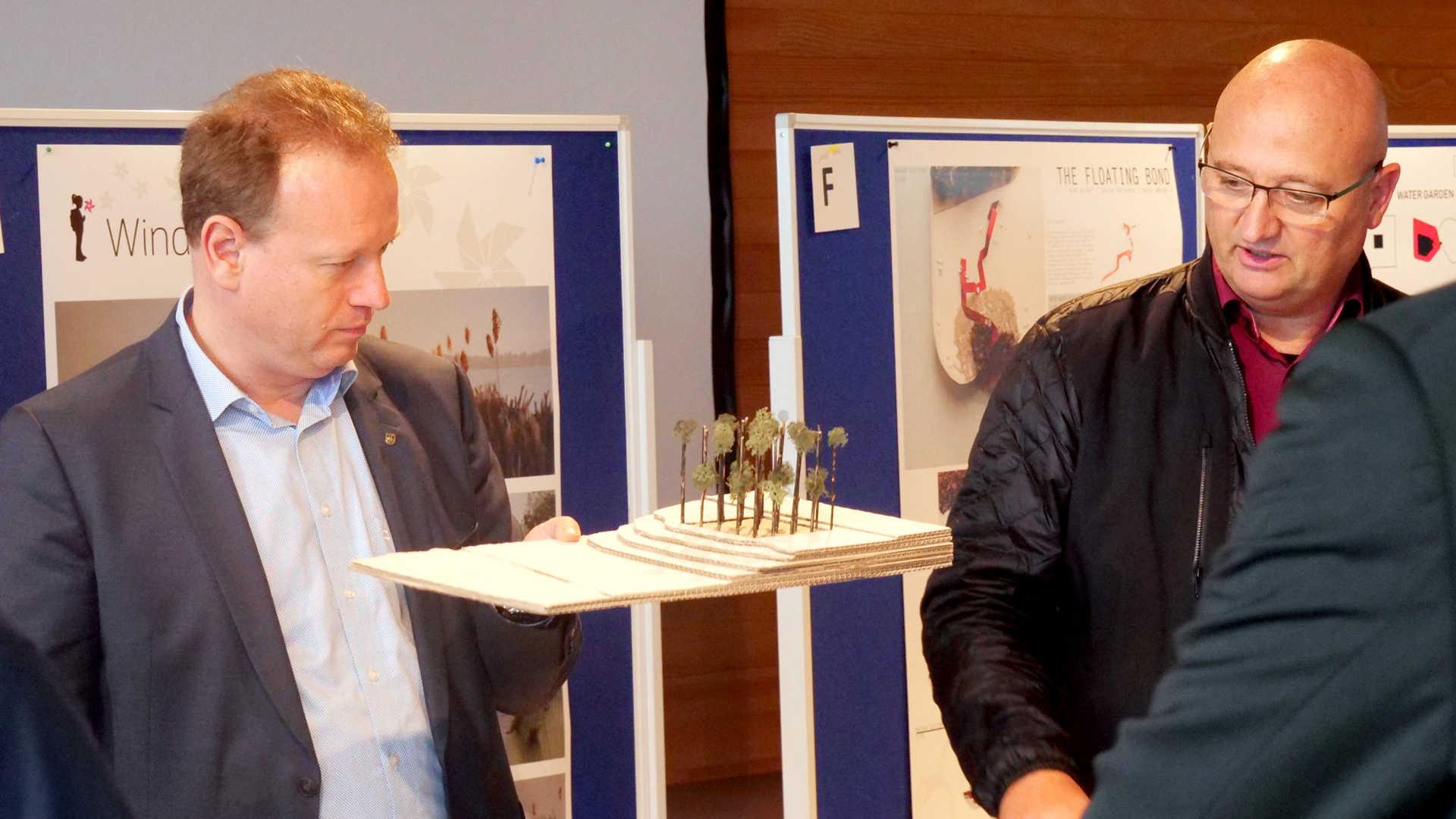 Jan Zeitler, der Oberbürgermeister von Überlingen auch - der Blick täuscht, er fand's super!