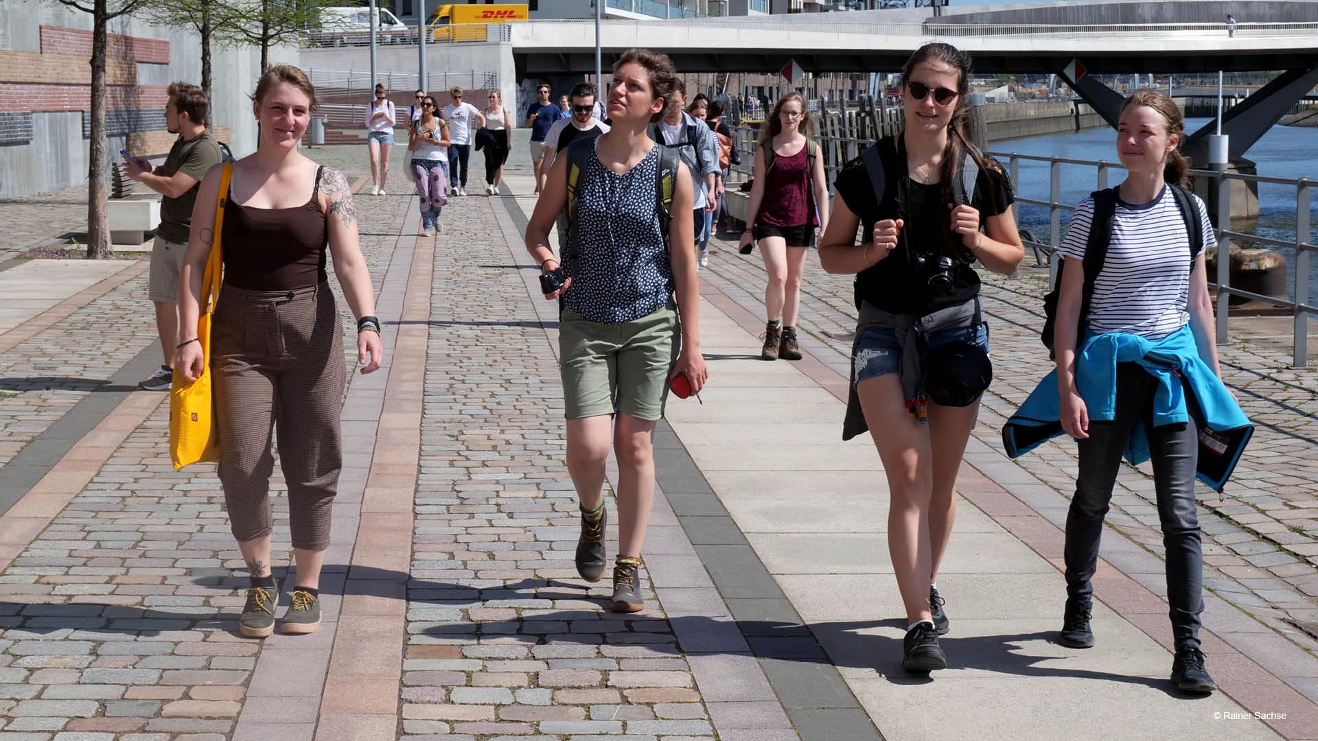 Promenade in Hafencity